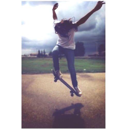 Skateboarding Skatelife Skatergirl Ollie