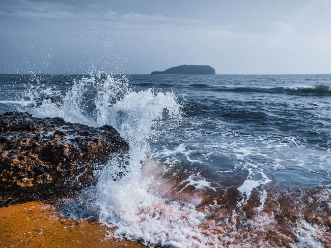Wave 🌊 Water Wave Sea Beach Backgrounds Sky Close-up Horizon Over Water Surf Seascape Wake - Water Flowing Water Concentric