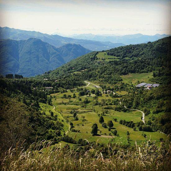 Pian Del Tivano Sormano Montagna Verde Prato Quota