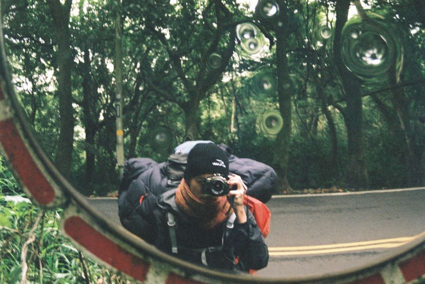 The first day, start walking at xing zhu friend house to miao li . Inside a forest road and i lost but i keep walking 15kg 400 Alone Backpack Day Nikon Fm10 North Selfie Travel Tree Walk