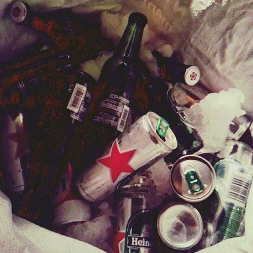 الوجود و اللاوجود . الإرادة كوسيلة للنجاح. الحرفية فالمعاملات الإنسانية. المال و الثراء كهدف فرعي فالحياة الدنيا. مواضيع مطروحة مع كعبات بيرة على العتبة فالحومة. اين شوتر آيلند من كل هذا؟ Beer Bière Heineken Celtia 7ouma 3atba