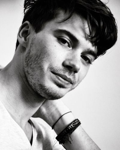 Insert deep quote 😄 Blackandwhite Photography Black & White Blackandwhite White Black Men Man Portrait Photography Portrait Headshot One Person Head And Shoulders Young Men Young Adult Portrait Real People Studio Shot Close-up Indoors  White Background Day One Man Only People Love Yourself