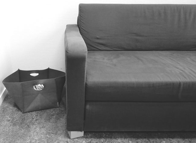 Sitdown Comfortable Sofa Reading Magazines Waitingroom Soft Inside Hanging Out Taking Photos Blackandwhite Black & White Observing Interior