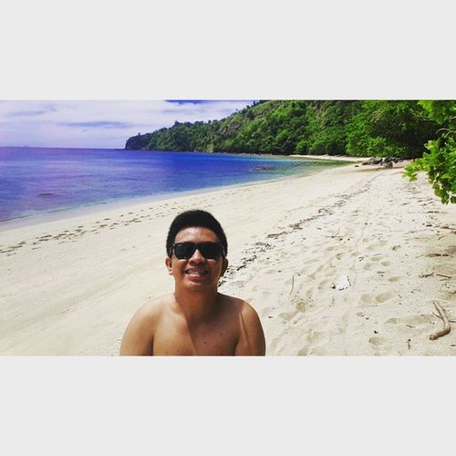 Happiness is a day at the beach Beach Pantai Sulawesiutara Kakigatal wideangle