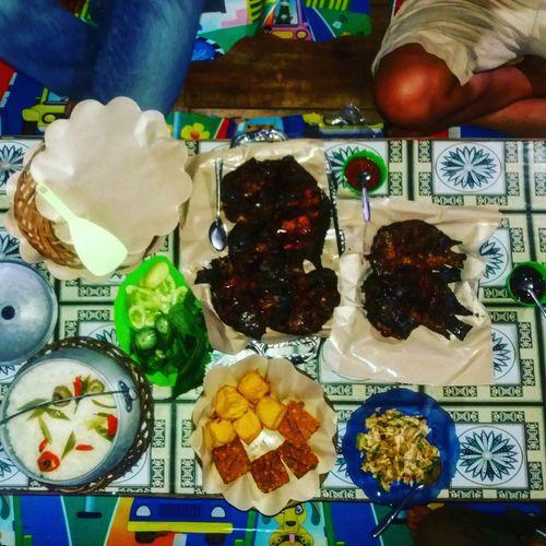 pray-eat-vacationShareTheMeal Ikanbakar Saguling Ready-to-eat Variation Food Indonesiaculinaryfood