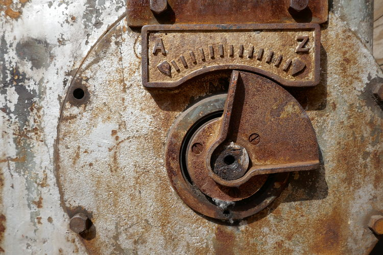 Metal Rusty Old Abandoned Close-up Weathered Damaged Decline No People Deterioration Obsolete Run-down Entrance Full Frame Door Lock Backgrounds Bad Condition Machinery Day Wheel Ruined