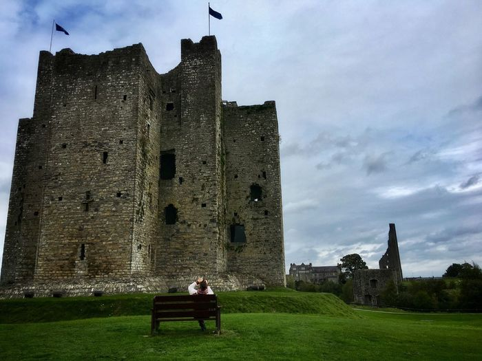 Braveheart film location The Traveler - 2018 EyeEm Awards Live for the Story Taking Photos Enjoying Life Architecture Sky The Past History Built Structure Building Exterior Grass Cloud - Sky Travel Destinations Castle
