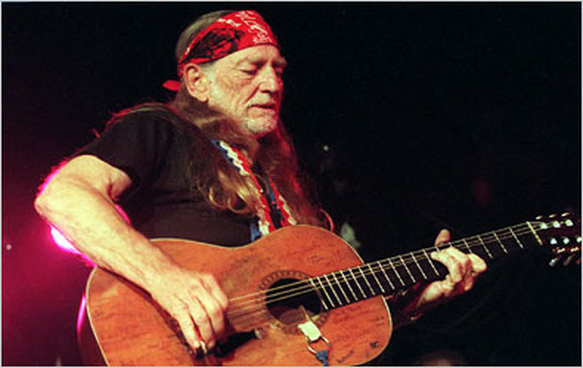 Imortal Willie Nelson Blessed to be in his presence.