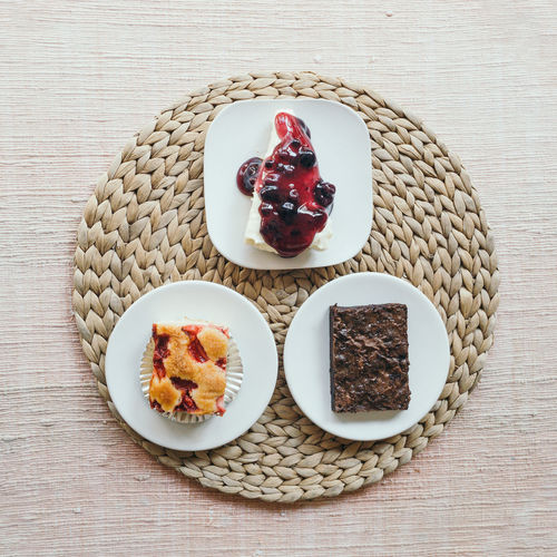 flat lay desserts table Food And Drink Food Table Sweet Food Dessert Sweet Brownie Blueberrycheesecake Strawberry Cake Cake Sweets Cafe Flat Lay Food Flat Lay Top View Of Food Top View Food Photography Foodphotography Dessertphotography Rustic Desserts Delicious Bakery Homemade Party
