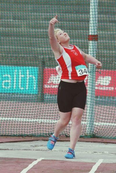 Shot Put Athletics Sister Winner