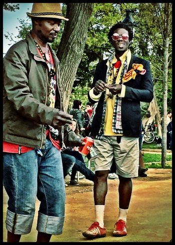 La Classe Let The Music Play A Day At The Park African Style  Colorful