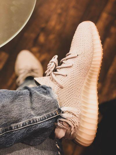 Shoes Yeeze