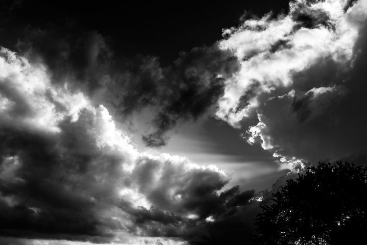 Awe Black And White Blanco Y Negro Cloud - Sky Day No People Nubes Outdoors Space Storm Storm Cloud