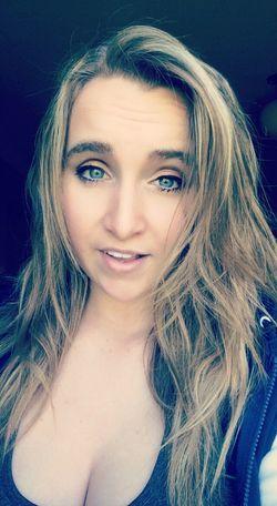 Fancy Selfie That's Me Blue Eyes Living