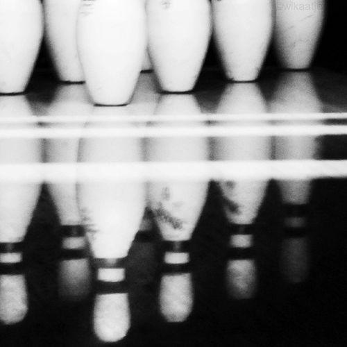 Pins reflection