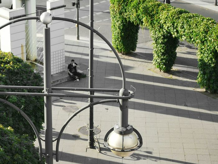 Happy Lamppost Monday morning to you - Relaxing in Creative Light And Shadow :: Soistberlin  Lampost Monday