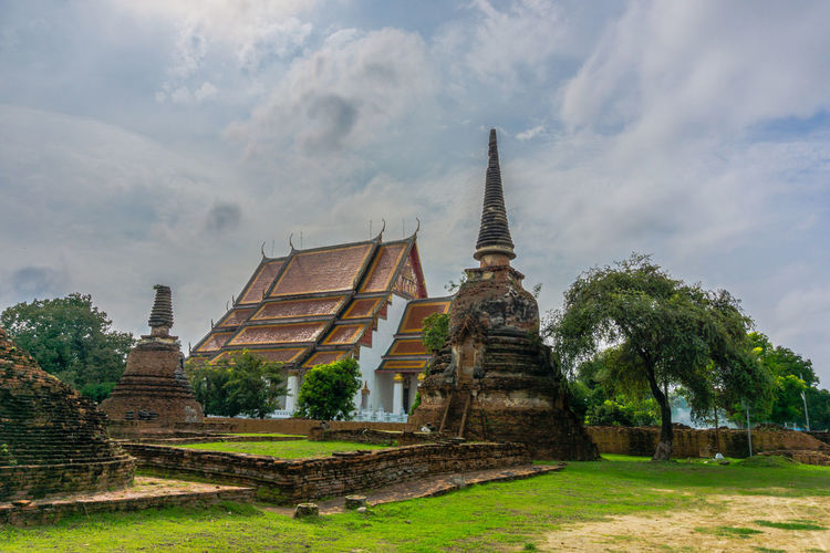 Business Finance And Industry Architecture Religion History Travel Destinations Spirituality Ancient Civilization City No People Outdoors Day วัด พระพุทธรูป ศาสนาพุทธ