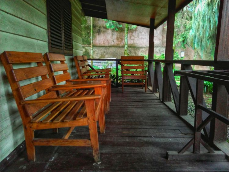 empty chairs House Interiors  House Houses Of Parliament Wooden Terrace Wood - Material Chair Table No People Indoors  Day Home Interior Architecture Furniture Tree Nature