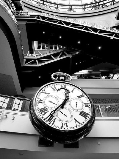 Melbourne Central Big Clock Shopping Mall Blackandwhite Time EyeEm GalleryMelbourne EyeEm Best Shots - Black + White Eye4photography  Eyeemfirstphoto Eyeem Market Eyeemphoto Melbourne City MelbournePhotographer Melbournephotos Melbourneiloveyou Melbournecbd Melbourne EyeEmNewHere Monochrome Monochrome Photography The Architect - 2017 EyeEm Awards