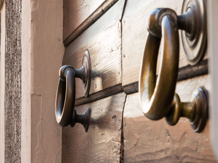 Architecture Built Structure Close-up Day Design Door Doorknob Entrance Handle Indoors  Knob Latch Lock Metal No People Protection Safety Security Simplicity Wall - Building Feature Wood - Material