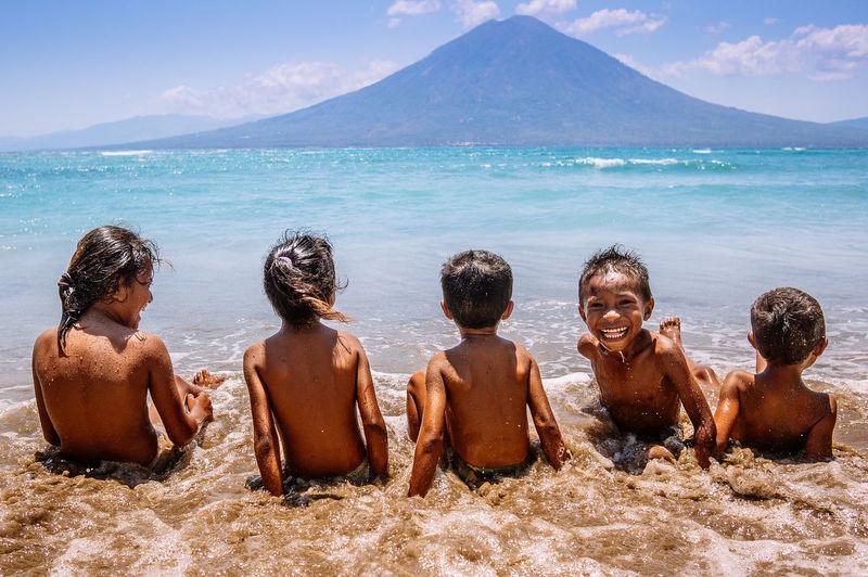 Street Photography Kids at Waijarang Beach, Lembata Indonesia