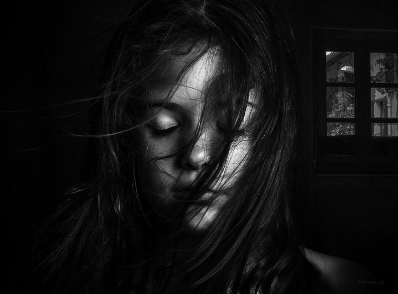 Dream Castellón Dreaming SPAIN Nikon The Portraitist - 2016 EyeEm Awards Portait Desdelotrolado Girl B&n Black&white Nikonphotography Melancholy Soledad Portait Photography