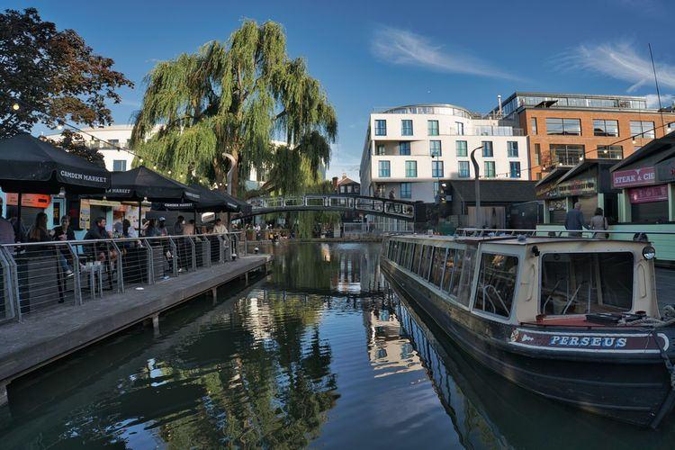 Passenger Craft Outdoors Sky Plant Moored Day Canal Building Residential District City Waterfront Nature Reflection Mode Of Transportation Tree Transportation Nautical Vessel Architecture Built Structure Building Exterior Water Camden Camden Town Camden Lock Camdenmarket London LONDON❤ Wide Angle Barge City Life