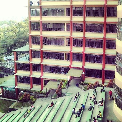 SLU SABM bldg. :) Hellweek Midterms Exam Strudents dying :p