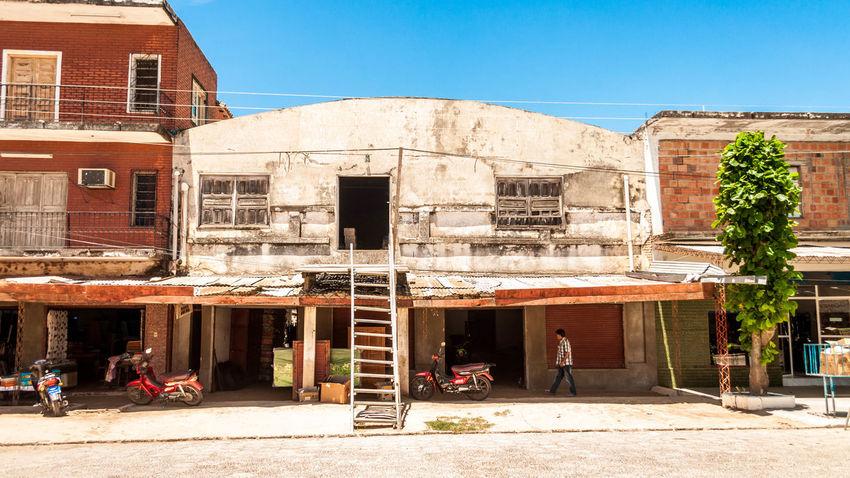 Streetphotography Street Photography Streetphoto_color Street Photo Streetcolour Streetphoto Paraguay Alberdi Southamerica