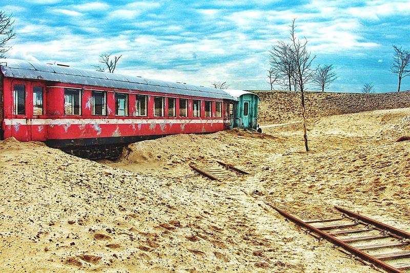 End of the line Railroad Mishaps desert Desrt Scenes armagedon Train train tracks Derailed