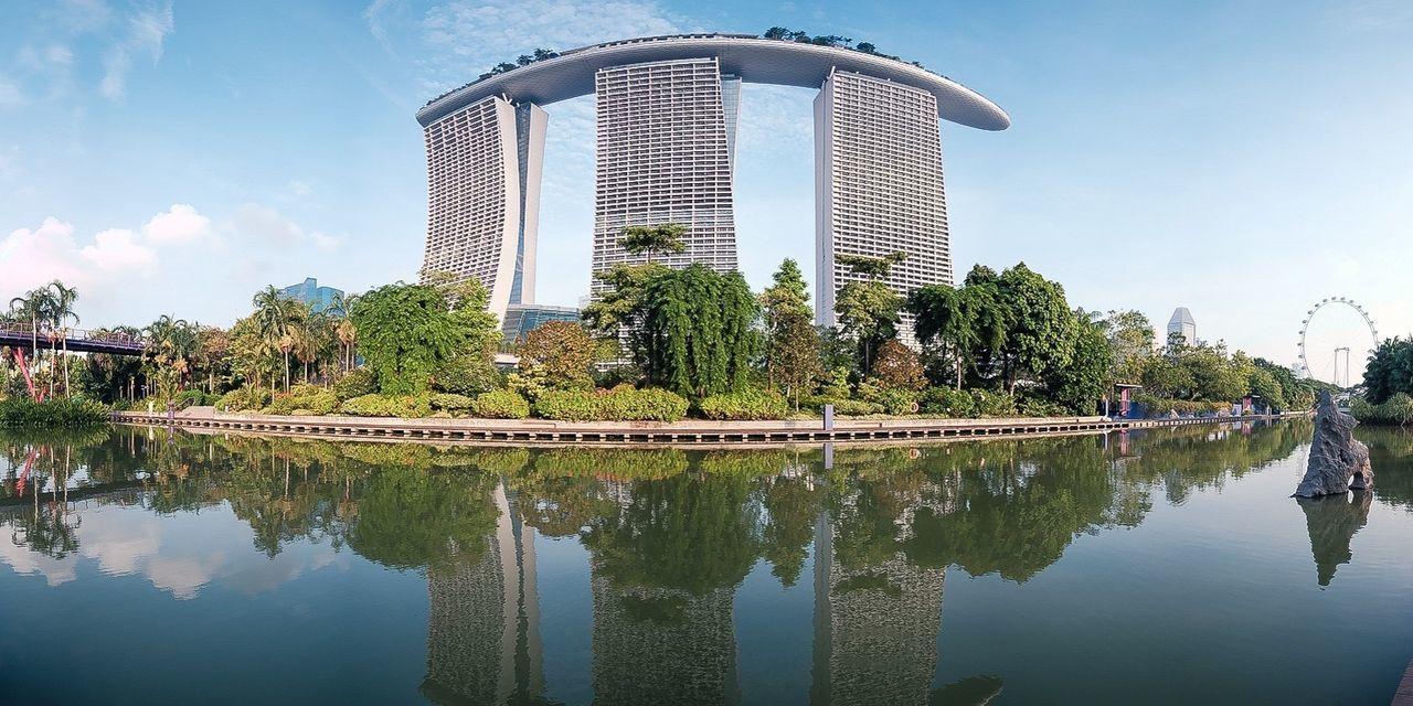 Reflection Enjoying Life Classicchrome Singapore Traveling Panorama Cityscapes The Architect - 2016 EyeEm Awards Envision The Future