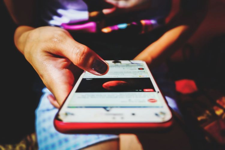 EyeEm Selects Wireless Technology Technology Portable Information Device One Person Communication Indoors  People Mobile Phone Adult Human Body Part Music Only Women Portability Close-up Adults Only Modern Convenience Human Hand Day Midsection Connection Digital Display Smart Phone Real People Indoors  Focus On Foreground Lifestyles Touch Screen Indoors