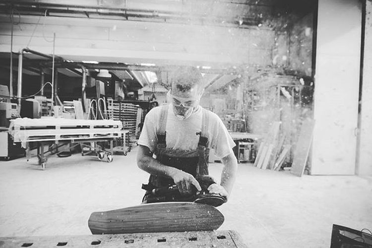 • w w w . e u g e n i o m a r o n g i u . i t • @waferboards - great skateboard carpentry in Milan 1 Skate Skater Skateboarding Skateboards Boards Carpentry Bw Italy Italian Milan Igersmilano Blackandwhite Bnw Monochrome Monoart Insta_bw Bnw_society Bw_lover Fineart_photobw VSCO Vscocam Vscoportrait Vscofilm Peoplescreatives Storieartigiane FolkCreative HumansMagazine italianstories postmoreportraits shootermag