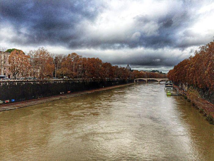 Autumn in Rome Autumn River Urban Geometry Bridge