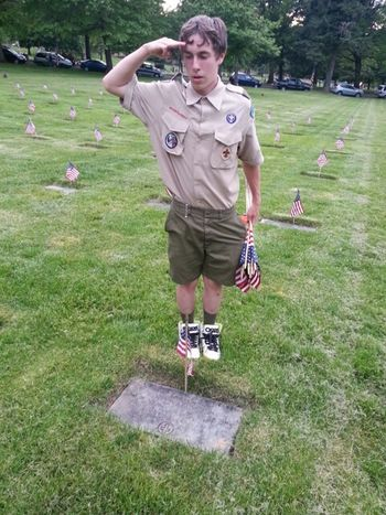 Collected Community Boy Scouts Girl Scouts Flag Placements Honoringthebrave Honoring The Fallen Honoring Veterans