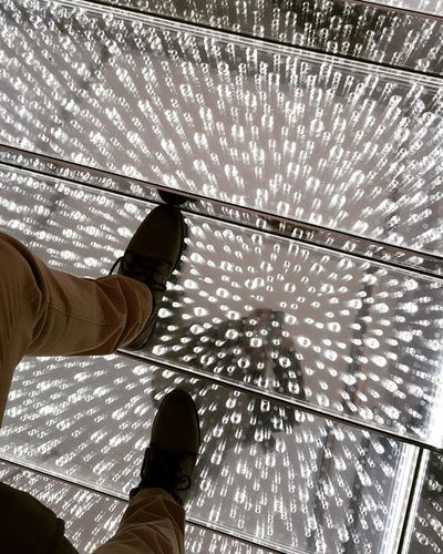 Light And Shadow Lights Mirror Texture Textures And Surfaces Motion Motion Photography Motion Capture Swarovskicrystals Svarovski POV Innsbruck Shoes Outfit Drops Go Higher