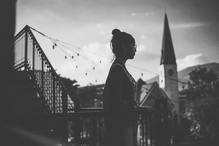 Silhouette Adult One Person People Bridge - Man Made Structure One Woman Only Sky Adults Only Outdoors Only Women Young Adult Women Architecture Day One Young Woman Only City