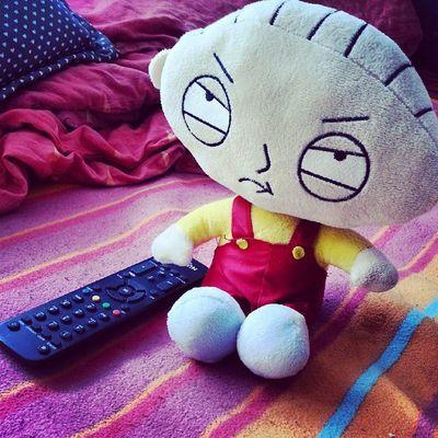 szeretném nézni a kacsameséket úgy, hogy senki nem pofázik a háttérben... Familyguy Stewie Ducktales