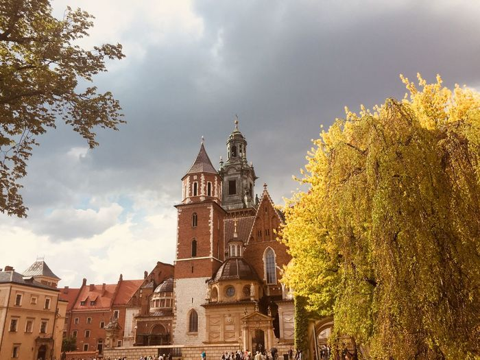 Wawel  Polska Krakow Building Exterior Built Structure Sky Architecture Tree Building Place Of Worship Religion No People Day Low Angle View Outdoors Cloud - Sky Travel Destinations Belief Plant History Spirituality The Past Nature