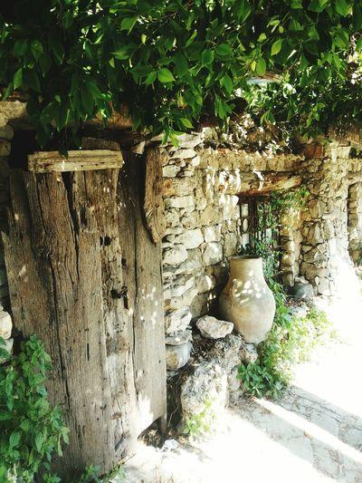 بيت من قديم الزمان