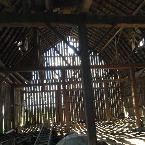 Old But Awesome Barn Inside Looking Out. Light And Shadows Empty Building Femalephotographer Photo By Me Purist No Edit No Filter Daytime Brown Color Architecture And Structure Stories Of The Abandoned
