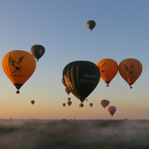 Magical Travelling On The Road Picoftheday Holydays Myanmar Bagan Baloon