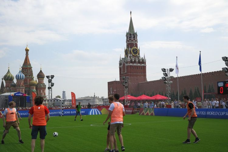 Mini-soccer game on the Red square of Moscow. FIFA World Cup Russia FIFA World Cup Of 2018 Moscow Kremlin Red Square Moscow St.Basil's Cathedral The Week on EyeEm Architecture Building Building Exterior Built Structure Cloud - Sky Day Fifa2018 Football Game Large Group Of People Leisure Activity Lifestyles Men Outdoors Real People Sky Soccer Sport Tower Travel Destinations World Cup 2018