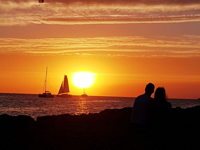Romantic date 😍 Sunset Silhouettes Sunset Sunsetporn Sea And Sky Love Romantic Romantic Sky Beautiful Nature Beautiful View Ibiza Ibiza Sunset Ibiza, Spain Travel Destinations Tranquil Scene Lovely Weather Loveit Boats Summertime Summer Views San Antonio Ibiza Sant Antoni De Portmany Lovely Couple Sunset Sea Travel Destinations Dramatic Sky Silhouette Reflection Vacations EyeEm Ready