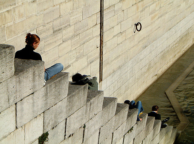 Brick Wall Lunch Lunch Time! People Perspective River River Seine Riverside