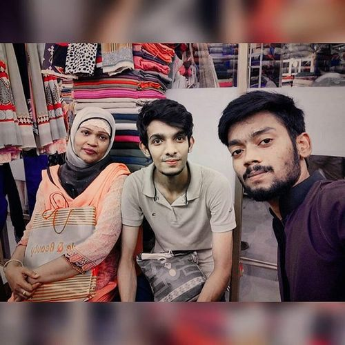 Eidshopping Shoppingtime Shopping Withmomandbrother ...