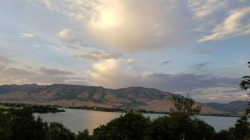 Mountain Cloud - Sky Lake Water Landscape Outdoors Tree Mountain Range Beauty In Nature Sunset Pineview Dam SummerNights