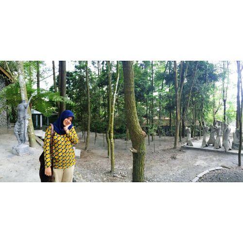 Relaxing Hi! Hello World Kaliurang Yogyakarta, Indonesia