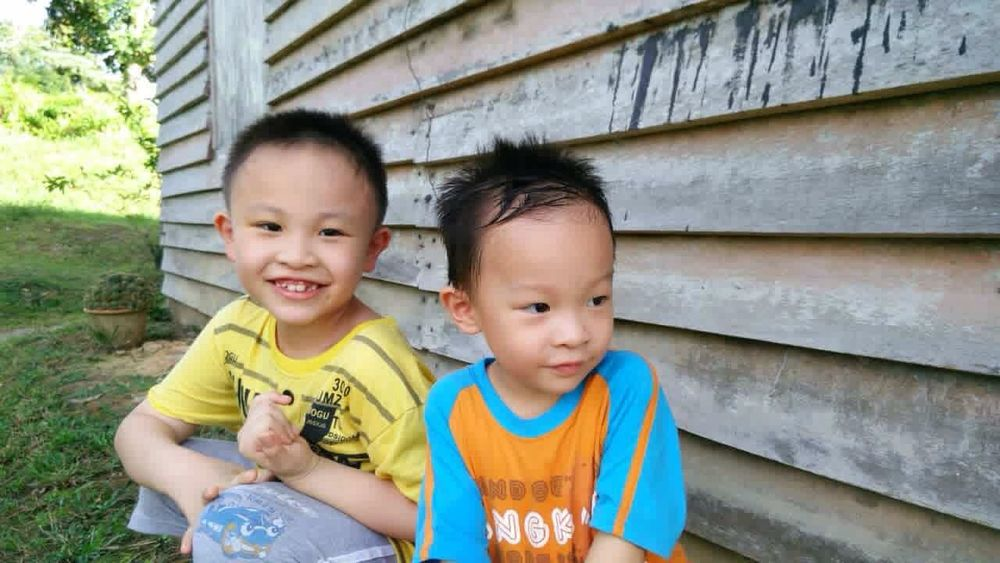 Smile Love Kids Kids Being Kids Photography Nephew  Brother Brotherhood Wooden Farm House Visiting Things I Like Children
