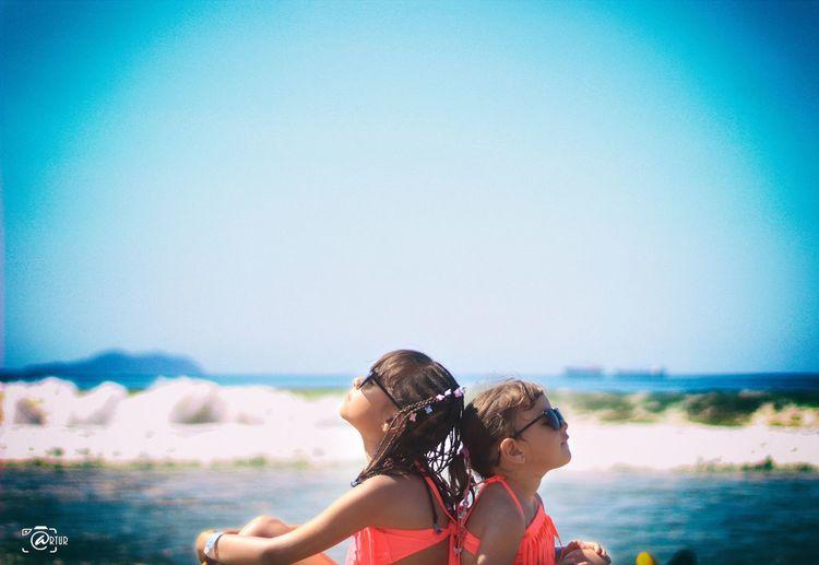 mis niñas Arturpic SahuayoMich Pao&niky EyeEm Selects Water Child Sea Beach Girls Summer Togetherness Females Blue First Eyeem Photo
